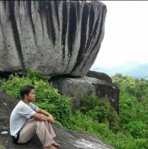 Batu Buntangan. Foto dok. Alwi