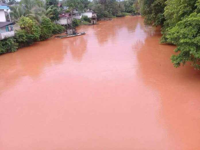 Jika Sungai KUALAN SP. HULU sekarang seperti ini.. SALAH SIAPA YA?. Foto dok. Frisko Wijaya
