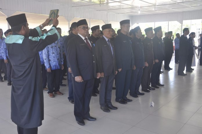 73 Pejabat Struktural yang dilantik dan diambil sumpahnya. Foto IST/A. Rahman (Diskominfo Kab. Ketapang)